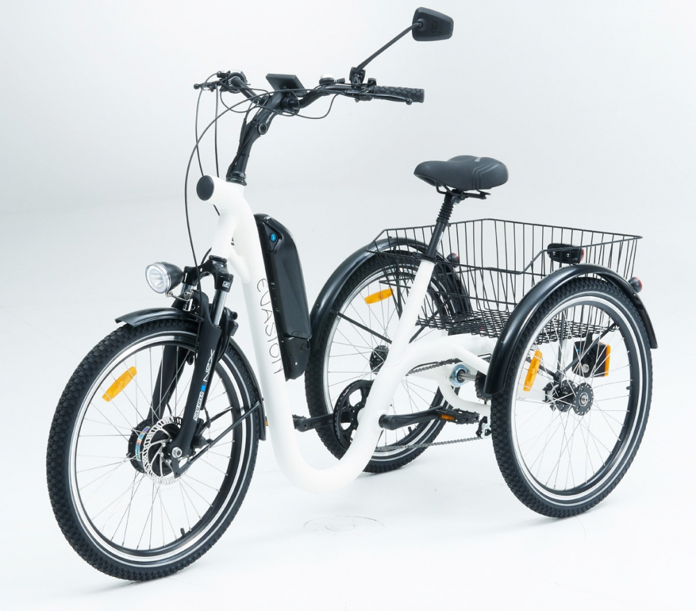 Tricycle evasion white 24