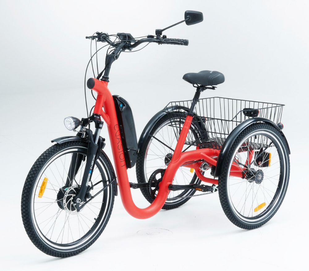 Tricycle evasion red 24 1
